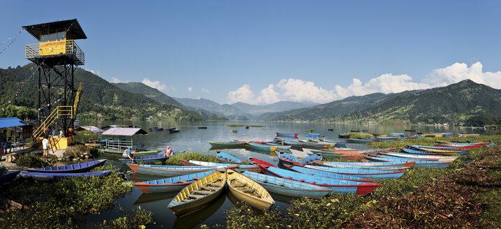 Nepal, Annapurna, Pokhara, Phewa Lake, panoramic view - ALRF000424