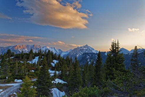 Austria, Styria, Tragoess, View of Hochschwab Range at sunset - GFF000571