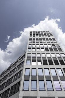 Germany, Berlin, facade of modern office building - CMF000441
