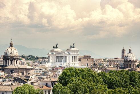 Italy, Lazio, Rome, cityscape, view to Monument of Vittorio Emanuele II - CSTF001069