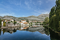 Bosnia and Herzegovina, Trebinje, view to the old town with Trebisnjica River in the foreground - ZEDF000142