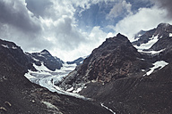 Italy, Lombardy, glacier near Chiareggio in Valmalenco - DWIF000741