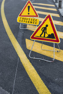 France, Nizza, construction site signs - VIF000475