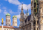Germany, Munich, view of Marian column, spires of Cathedral of Our Lady and new city hall - WDF003631