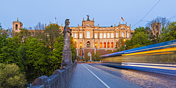 Germany, Munich, view to Maximilianeum with driving tramway on Maximilian Bridge - WDF003634