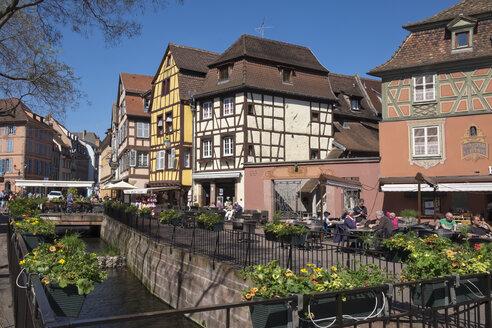 France, Colmar, historic frame houses at Place de l'Ancienne Douane - EL001747