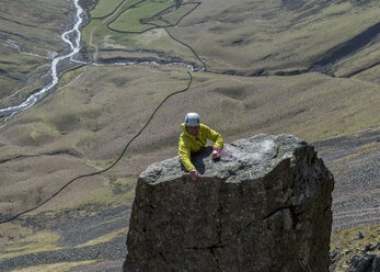 England, Cumbria, Lake District, Wasdale Valley, Great Gable, Napes Needle, climber - ALRF000564