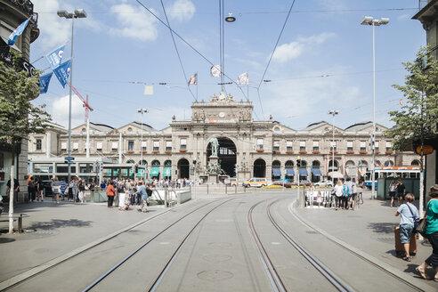 Switzerland, Zurich, View to Main Station - BZ000300