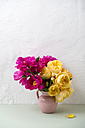 Flower vase of peonies and roses - MYF001526