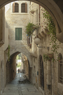 Israel, Jerusalem, buildings and alley at Jewish Quarter - HWOF000143
