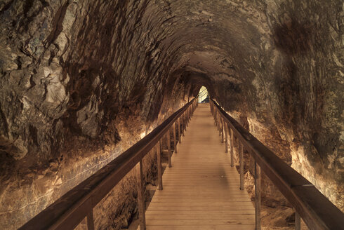 Israel, Megiddo, rock tunnel, irrigation system - HWO000155