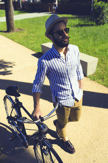 Young man with bicycle - FMOF000002