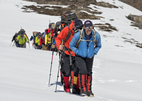 Nepal, Himalaya, Solo Khumbu, group of Gurkhas trekking - ALRF000624