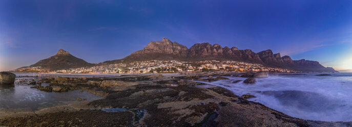 South Africa, Cape Town, Camps Bay, Lion's Head and twelve apostles in the evening - YRF000110