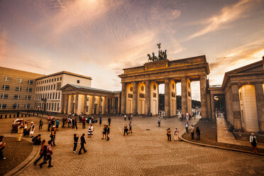 Germany, Berlin, Brandenburg Gate and Pariser Platz at golden hour - ZM000479