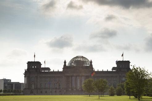 Germany, Berlin, Reichstag - FCF000972