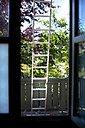 Ladder outside house - MAEF011851