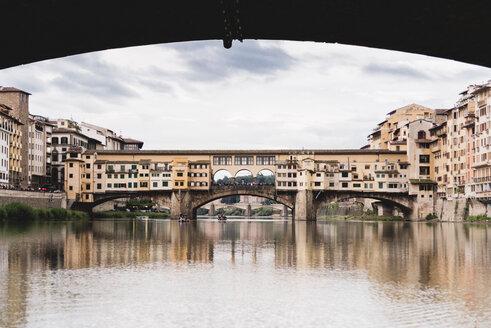 Italy, Tuscany, Florence, Ponte Vecchio - FMOF000055