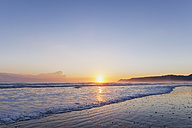 New Zealand, North Island, East Cape region, Te Araroa Bay, beach at sunrise - GWF004775