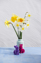 Daffodils in vase, Easter bunny figurines - MYF001685