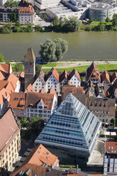 Germany, Baden-Wuerttemberg, Ulm, glass pyramide with central library, Danube river and tower Metzgerturm - SIE007062