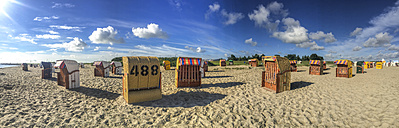 Germany, Lower Saxony, Hooksiel, Beach chairs at North Sea - ODF001417