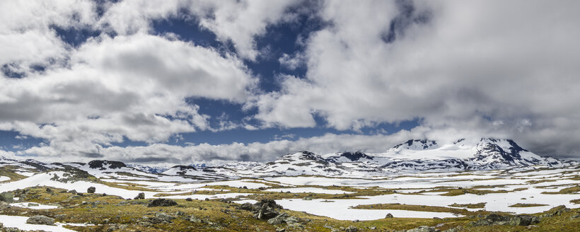 Southern Norway, Jotunheimen National Park, panoramic view at Sognefjell - STSF001062