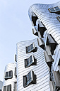 Germany, Duesseldorf, New Zollhof, Facades of the Gehry Houses - FC001001