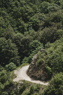 Bulgaria, empty road in the mountains - BZF000345