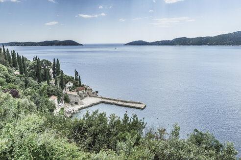 Croatia, Trsteno, view to the old harbour - CHPF000257