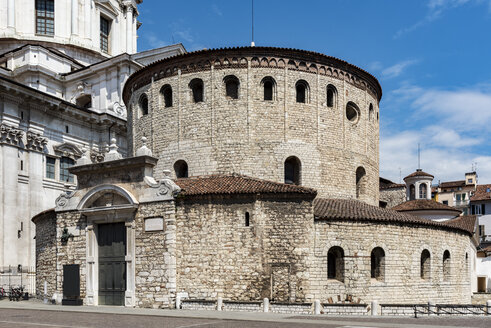 Italy, Brescia, view to Old Cathedral - CSTF001098