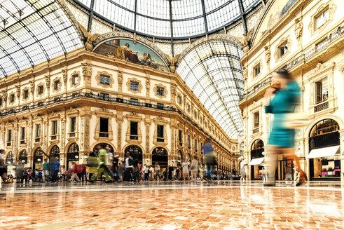 Italy, Milan, Galleria Vittorio Emanuele II - CST001128