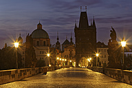 Czech Republic, Prague, Old town, Charles Bridge, Church of St Francis and Old Town Bridge Tower in the evening - GFF000713