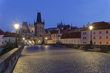 Czech Republic, Prague, Old town, Charles Bridge and Old Town Bridge Tower in the evening - GFF000722