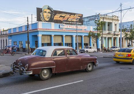 Cuba, Cienfuegos, view to cinema - MAB000383