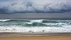 Australia, New South Wales, Sydney, Tasman Sea, beach, waves and dark clouds - GOAF000060