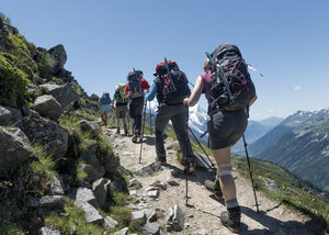France, Chamonix,  Mountaineers at Le Tour - ALRF000647