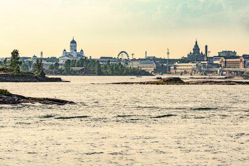 Finland, Helsinki, Harbour and inner city, Uspenski Cathedral, Helsinki Cathedral, Finnair Skywheel - CSTF001150