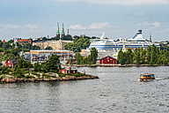 Finland, Helsinki, West Harbour, ferry and cruise liner - CSTF001153