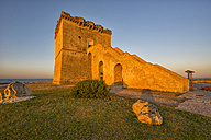 Italy, Apulia, Salento, Torre Lapillo, tower in the morning light - LOMF000340