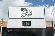Italy, sign of toll booth - JUNF000609