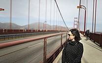 USA, San Francisco, tourist on Golden Gate Bridge - EPF000151