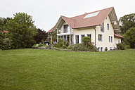 Residential house with garden - RBF005141