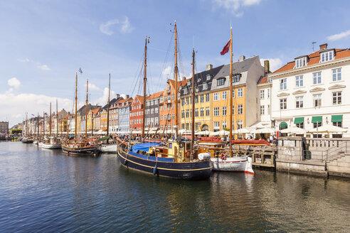 Denmark, Copenhagen, Nyhavn, canal - WDF003737