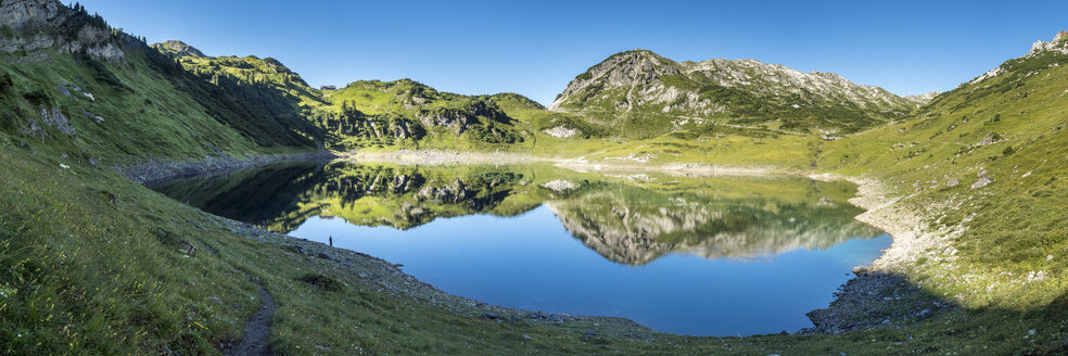 Austria, Vorarlberg, Lechtal Alps, Lake - STSF001080