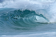 USA, Hawaii, Oahu, big wave - RUEF001758