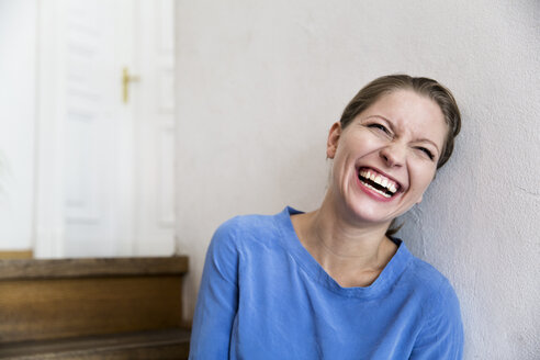 Laughing young woman - WESTF021714