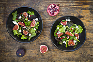 Mixed salad with goat cheese, pomegranate seeds and figs - LVF05315
