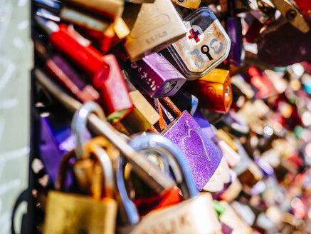 Love locks - KRP01823