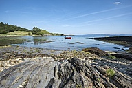 United Kingdom, Scotland, Inner Hebrides, Isle of Jura, bay near Ardlussa - ELF01806